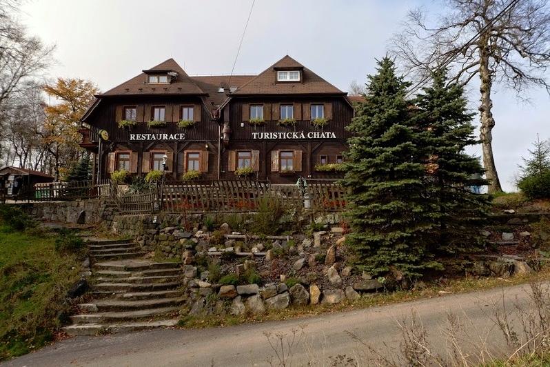 Turistická chata1